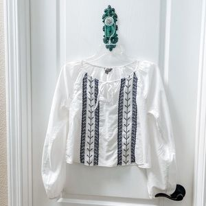 Rubbish Embroidered Cropped Light Weight Top